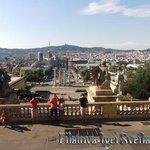 Вид на Площадь Испании и Волшебный фонтан (Fuentes Montjuic)