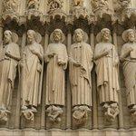Catedral de Notre-Dame - detalhe da fachada