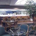 Kingsport Lounge
