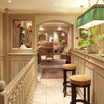 Hotel Au Manoir Saint Germain Des Pres Lobby