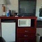 TV Kühlschrank Mikrowelle