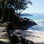 Praia das Conchinhas - ao lado