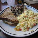 Farmer's omelette with toast and potatoes