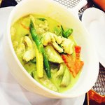 Thick green curry