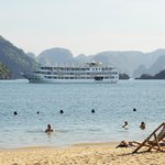 Starlight Cruise - Halong Bay - Vietnam