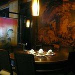 壁畫,隔板處處充滿三國故事