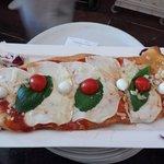 Ieri, Oggi, Domani Trattoria-Pizzeria