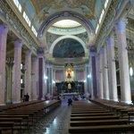 Panoramica sul Colonnato della navata centrale
