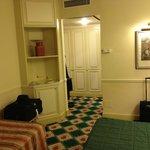 Chambre ( vue de l'entrée)