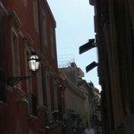 una parte della via principale di Taormina, Umberto I