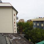 kleiner seitlicher Meerblick vom Balkon