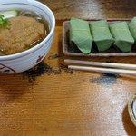 お昼の麺と柿の葉ずしのセット