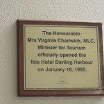 Ibis Darling Harbor