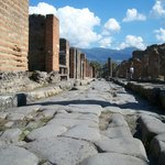 one of the many streets of the excavated Pompei