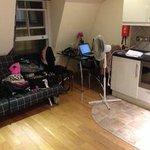 sala (sofa cama quando tiver mais que 2 pessoas) / cozinha
