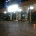 Photo of Dubai Palm Hotel