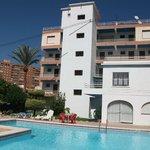 mirador2 pool and gardens