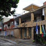 The hotel in a quiet residencial street of Carrera 70