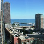 Lake Michigan; locks & Chicago Firestation-boats