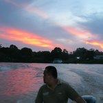 Tramonto in barca con la nostra guida: Rosman!