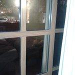 ventana en la habitacion / window and nice view