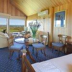 Lonsdale Views Luxury Suite