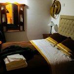 La habitación, con cama doble de verdad