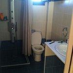 badkamer met massagedouche