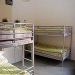 Pokój 4-osobowy / 4 bedded dorm room