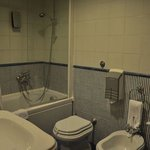 Artdeco-Bathroom