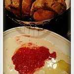 Bread with special creamy dip and tomotes