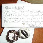 special welcome note and cupcakes
