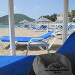 free beach cabanas
