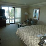 Tastefully decorated and bright rooms