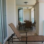 40ft balcony 1 bed preimer suite