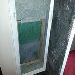 air vent door broken and filter dirty