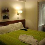 Dormitorio y Baño (2da. Planta)