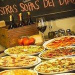 Pizzas artesanales hechas en hornilla de barro!!!