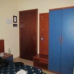 Bedroom (wardrobe)