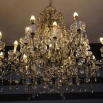 The chandelier (le lustre) in the bar sitting room