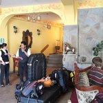 Warari Hotel Lobby