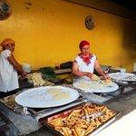 Tortillas de maíz hechas a mano