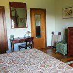 Jade suite bedroom with new vanity table