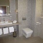 Room 202 bathroom