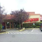 Front of Red Robin