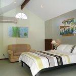 Paradise Kingfisher Suite