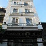 Hotel desde la calle.