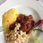 Ragout d'agneau et haricots à l'huile d'olive