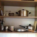 Dolaplar ve mutfak gereçleri