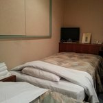 Room 511 twin bed